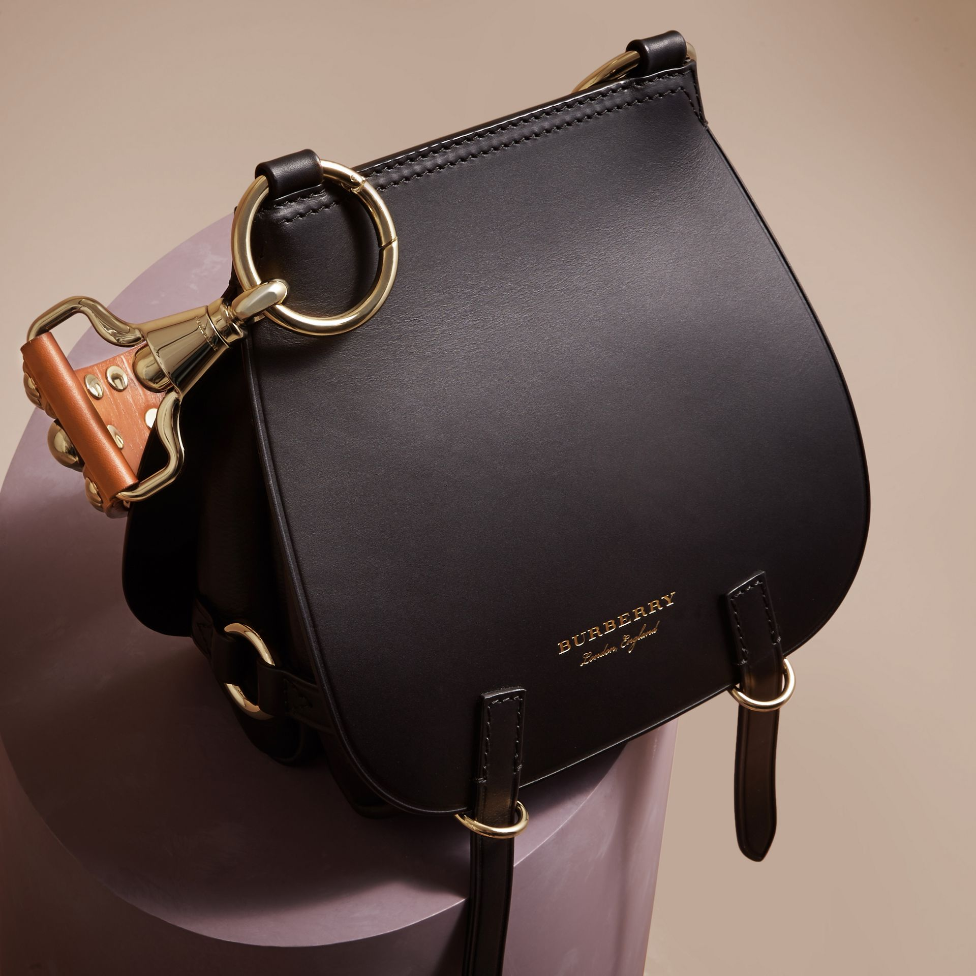 The Bridle Bag in Leather in Black - Women | Burberry - gallery image 7