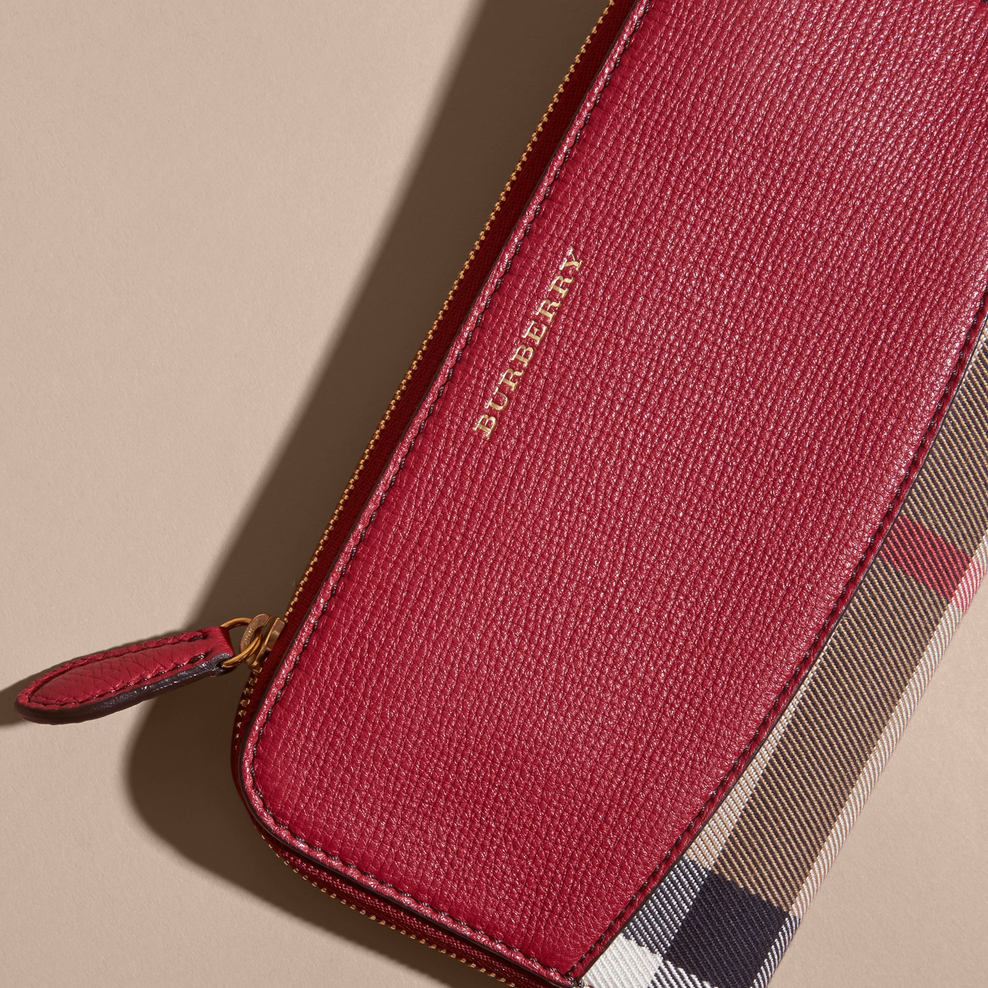 House Check and Leather Ziparound Wallet in Military Red - Women | Burberry Australia - gallery image 4