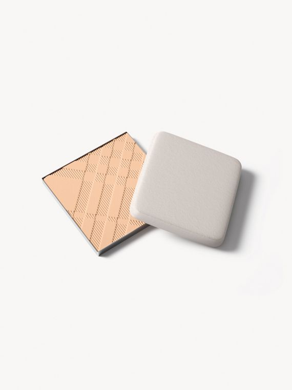 Recharge Bright Glow Compact SPF25 PA +++ – Ochre Nude No.12
