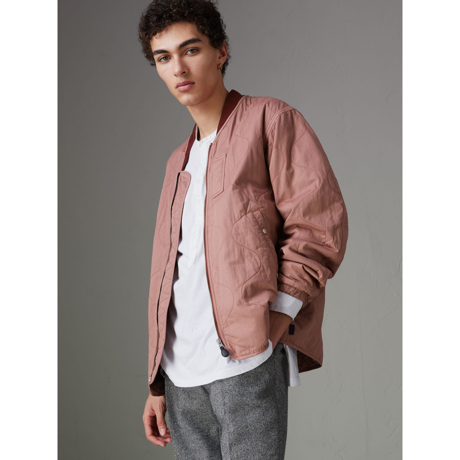 Lightweight Quilted Cotton Bomber Jacket in Rosewood - Men | Burberry United States - gallery image 4