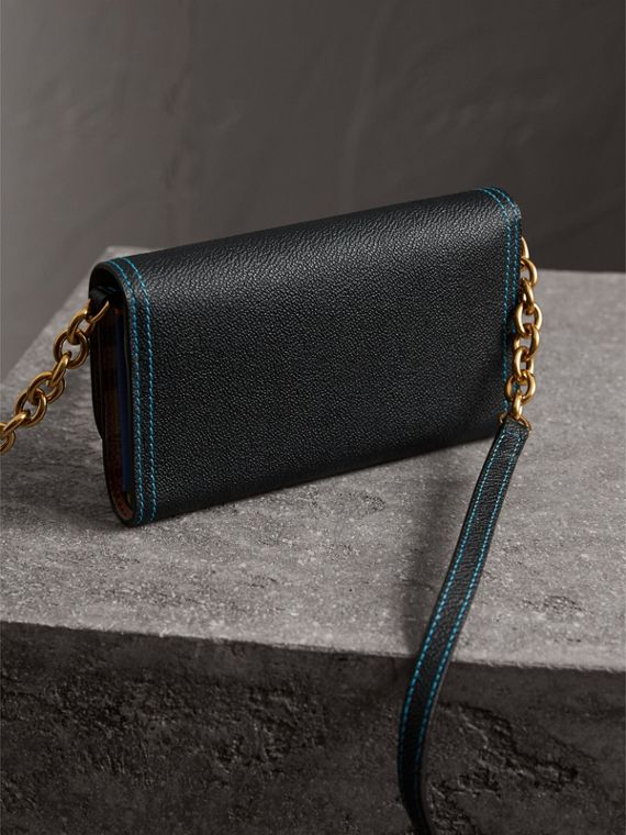 Topstitch Detail Leather Wallet with Detachable Strap in Black/multicolour - Women | Burberry - cell image 3