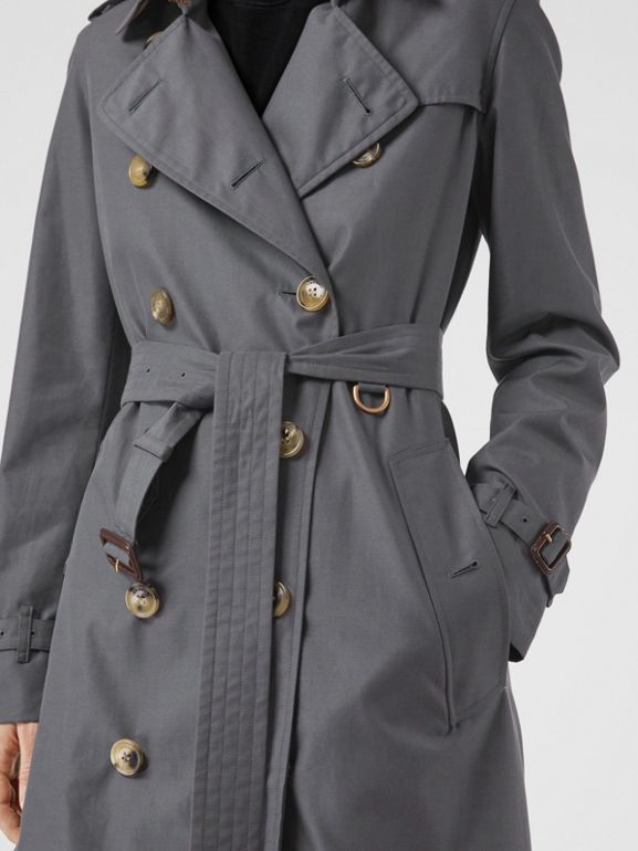 The Kensington Heritage Trench Coat in Mid Grey - Women | Burberry United Kingdom - cell image 1