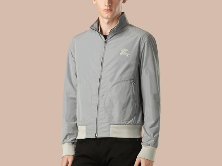 Hellgrau Packbare Jacke mit Frontreißverschluss - cell image 2