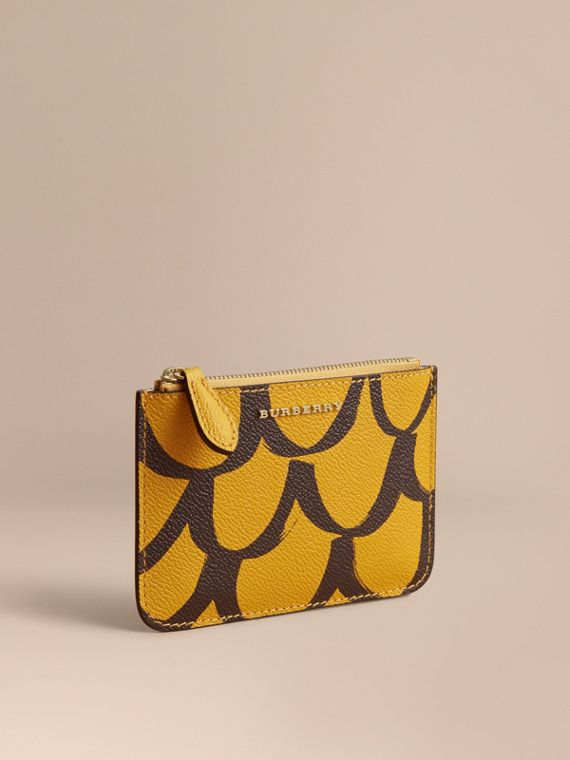 Trompe L'oeil Print Leather Pouch in Bright Straw