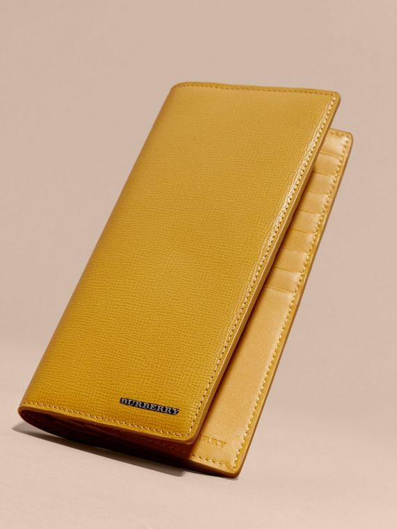 London Leather Continental Wallet in Larch Yellow - cell image 2