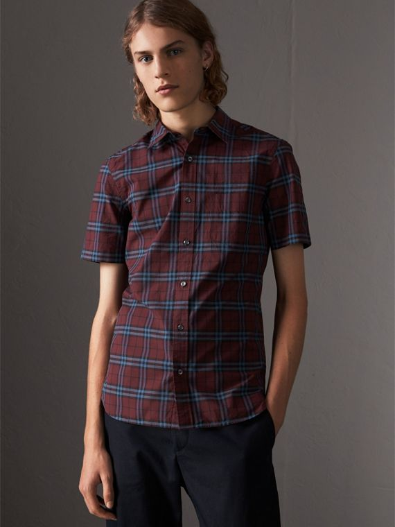 Short-sleeve Check Cotton Shirt in Crimson Red