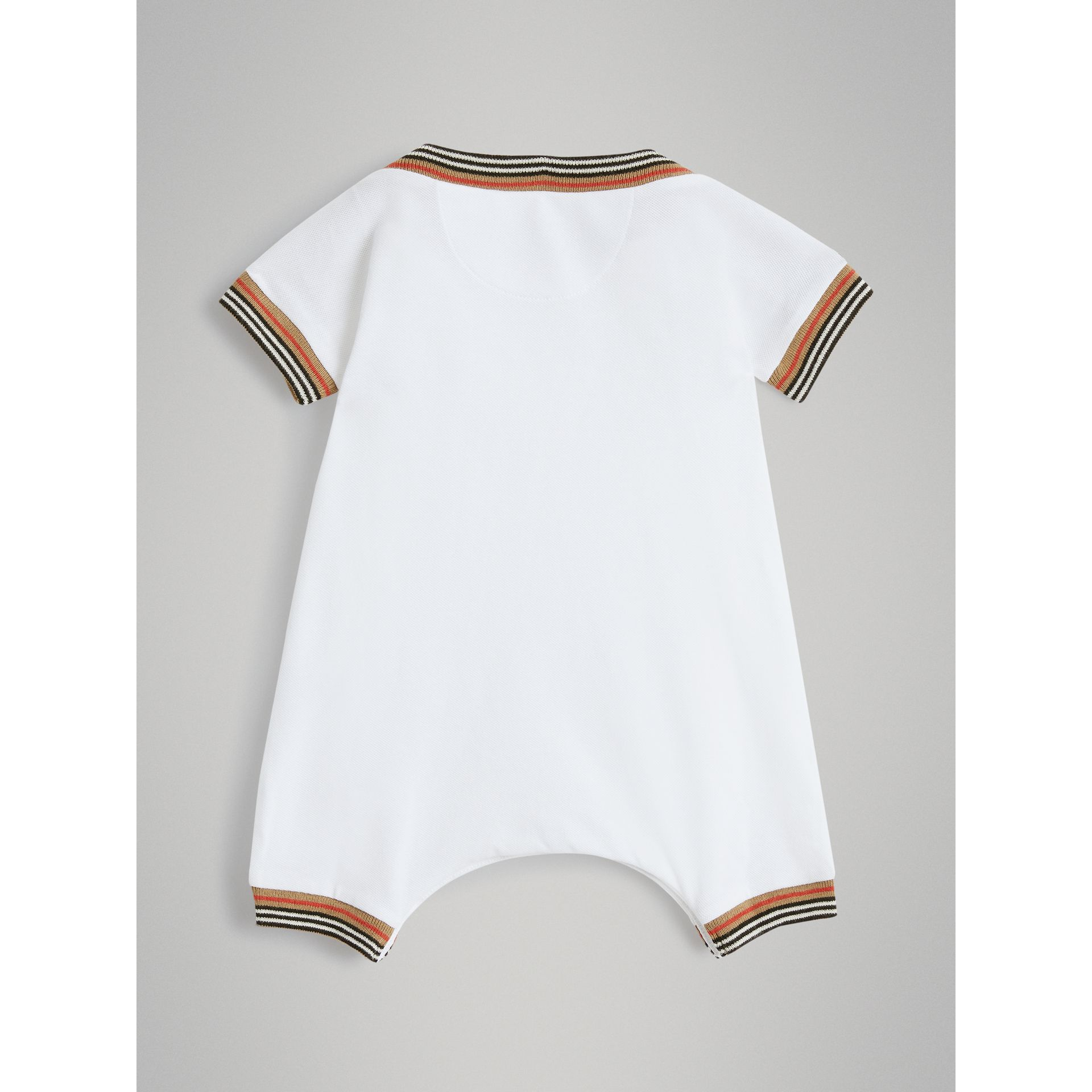 Icon Stripe Cotton Piqué Two-piece Baby Gift Set in White - Children | Burberry - gallery image 3