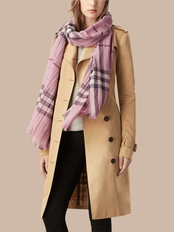 Lightweight Check Wool and Silk Scarf in Pink Heather - Women | Burberry - cell image 2