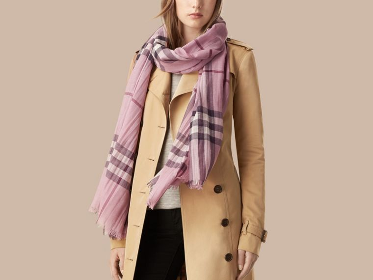 Lightweight Check Wool and Silk Scarf in Pink Heather - cell image 2