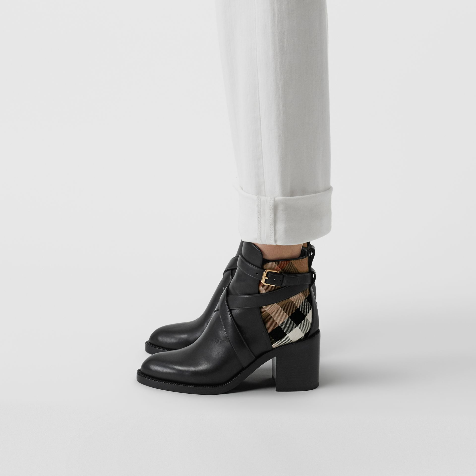 Bottines en cuir et coton House check (Noir) - Femme | Burberry - photo de la galerie 1