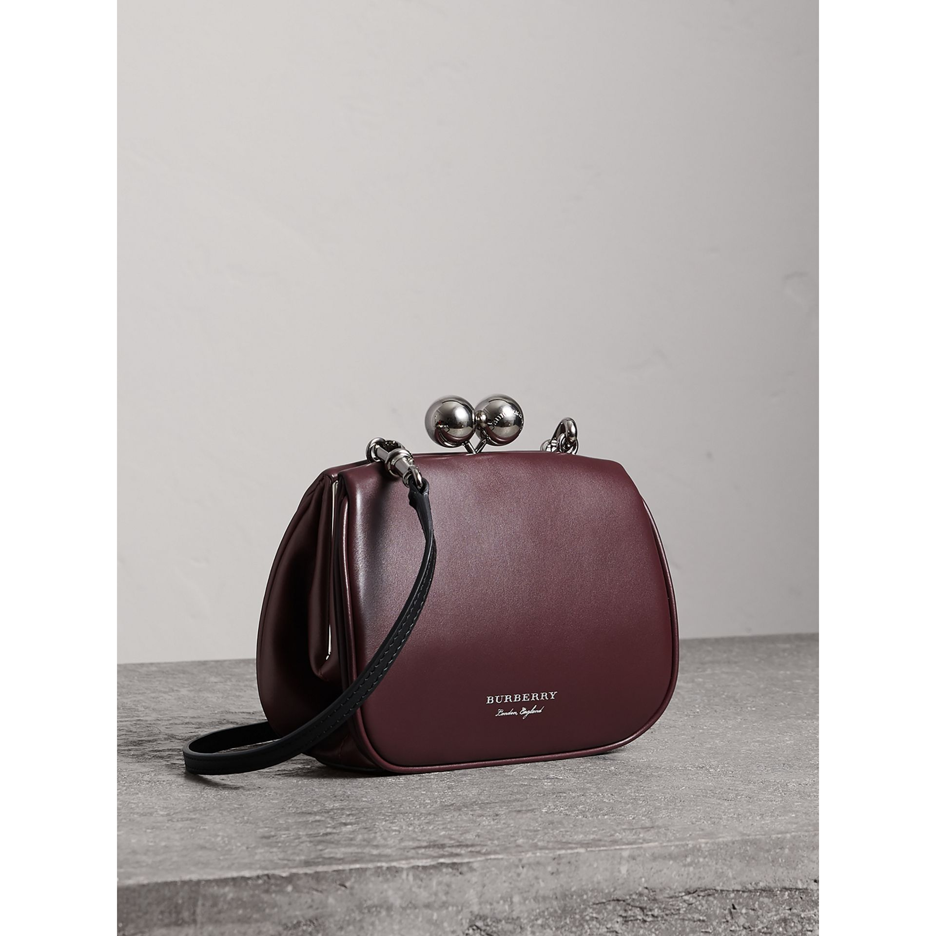 Small Leather Metal Frame Clutch Bag in Burgundy - Women | Burberry - gallery image 4