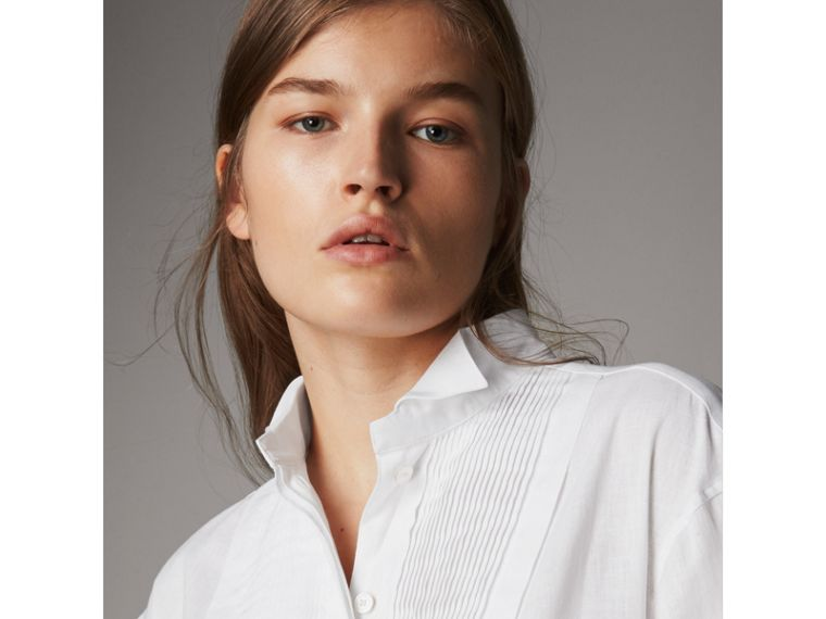 Pintuck Bib Wing Collar Longline Linen Cotton Shirt in White - Women | Burberry - cell image 1