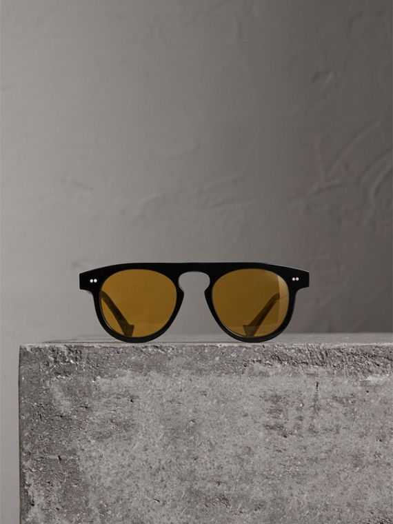 The Keyhole Round Frame Sunglasses in Black/yellow | Burberry United Kingdom - cell image 3