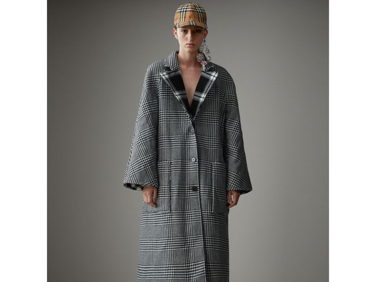 Reversible Multi-check Wool Cashmere Coat in Black/white - Women | Burberry Singapore - cell image 4