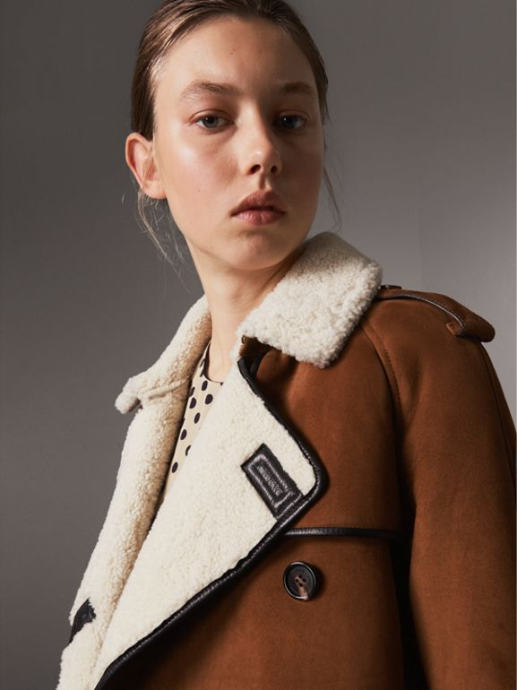 Raglan-sleeve Suede and Shearling Trench Coat in Ecru - Women | Burberry - cell image 1