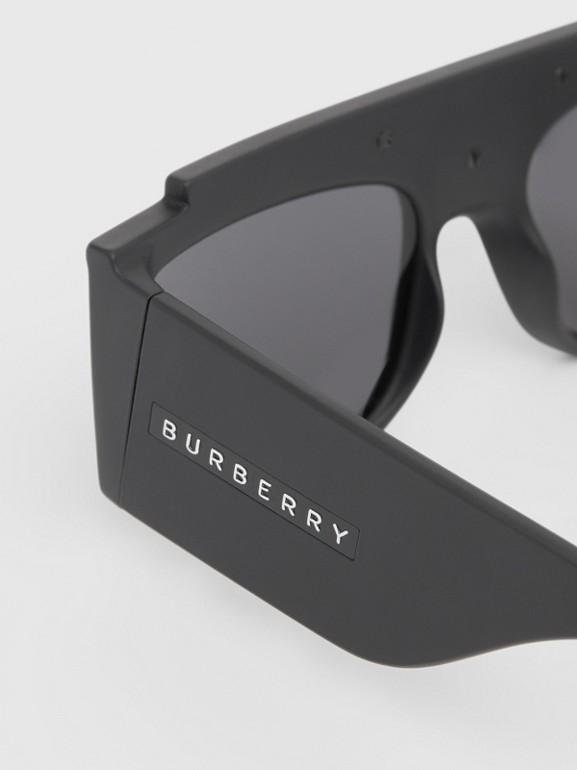 Rectangular Frame Sunglasses in Black - Women | Burberry - cell image 1