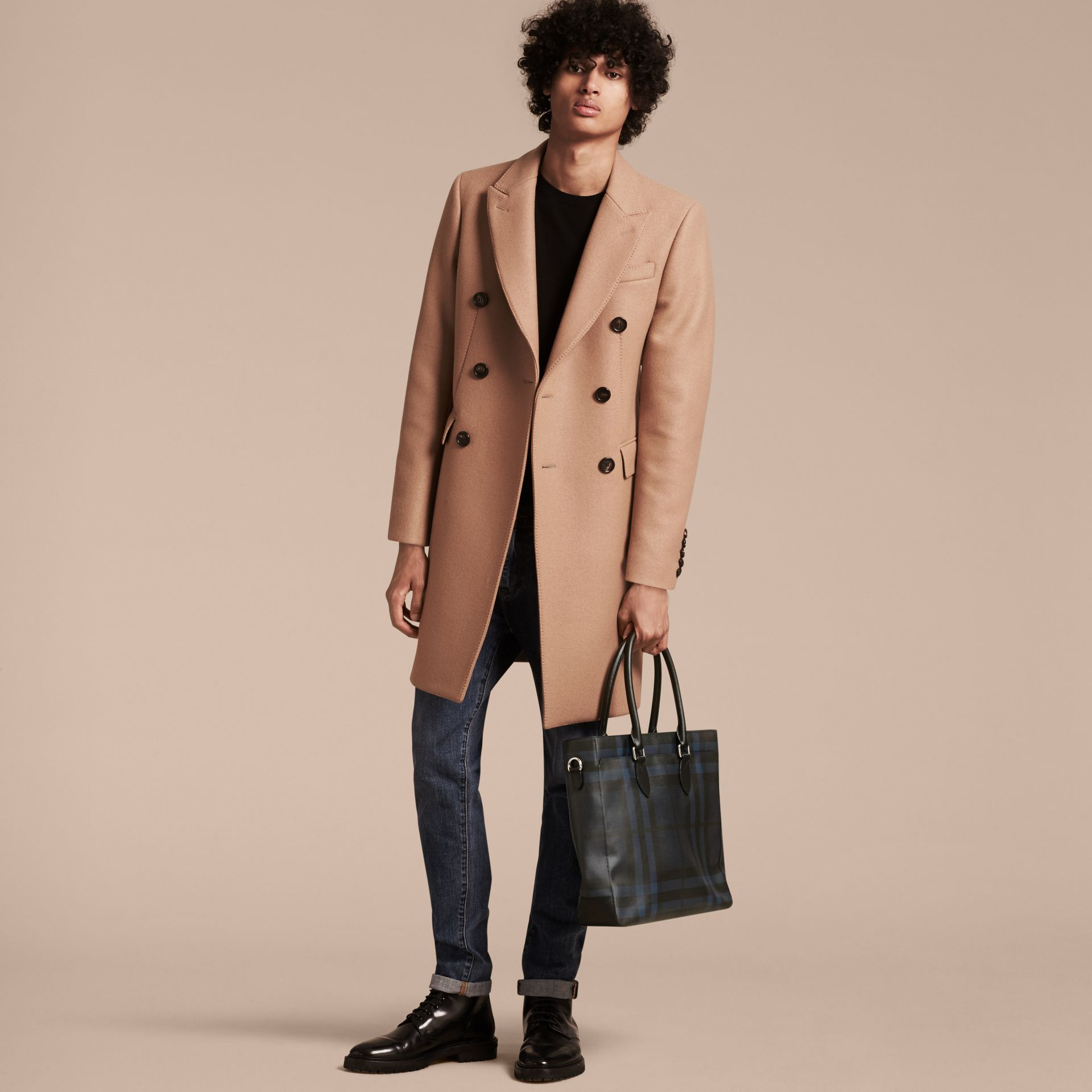 London Check Tote Bag in Navy/black - Men | Burberry Canada - gallery image 3
