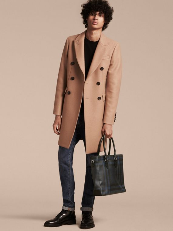 London Check Tote Bag in Navy/black - Men | Burberry Canada - cell image 2