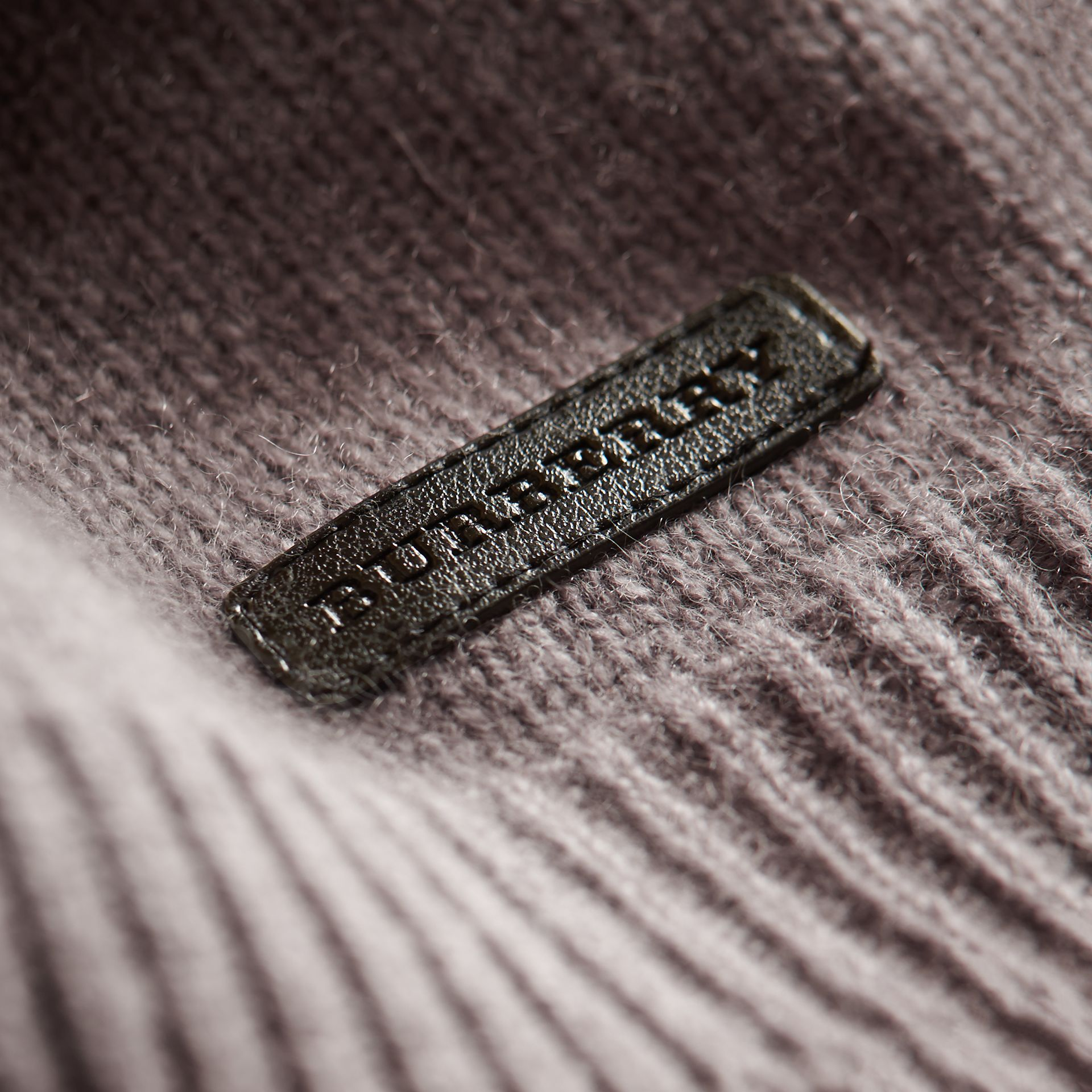 Cashmere Two-piece Baby Gift Set in Storm Grey | Burberry - gallery image 2