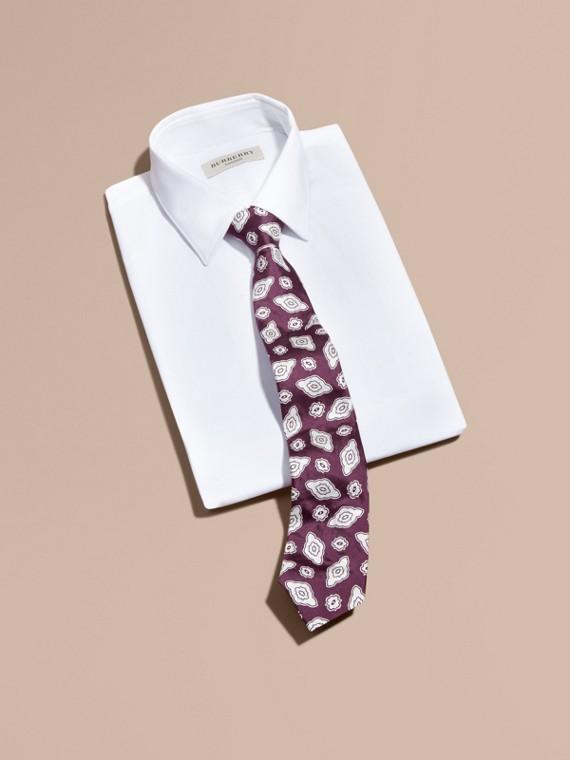 Modern geschnittene Krawatte aus Seidenjacquard mit geometrischem Muster Violett-schwarz - cell image 3