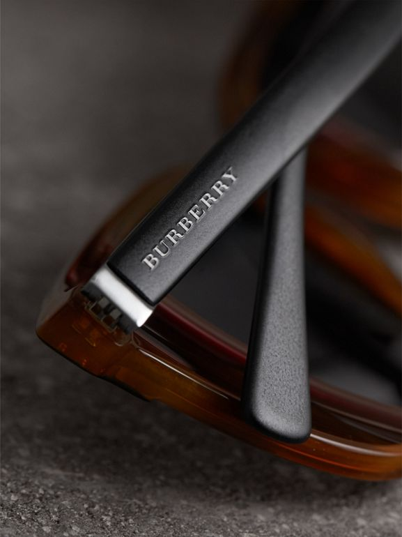 Square Frame Sunglasses in Light Brown - Men | Burberry Hong Kong - cell image 1