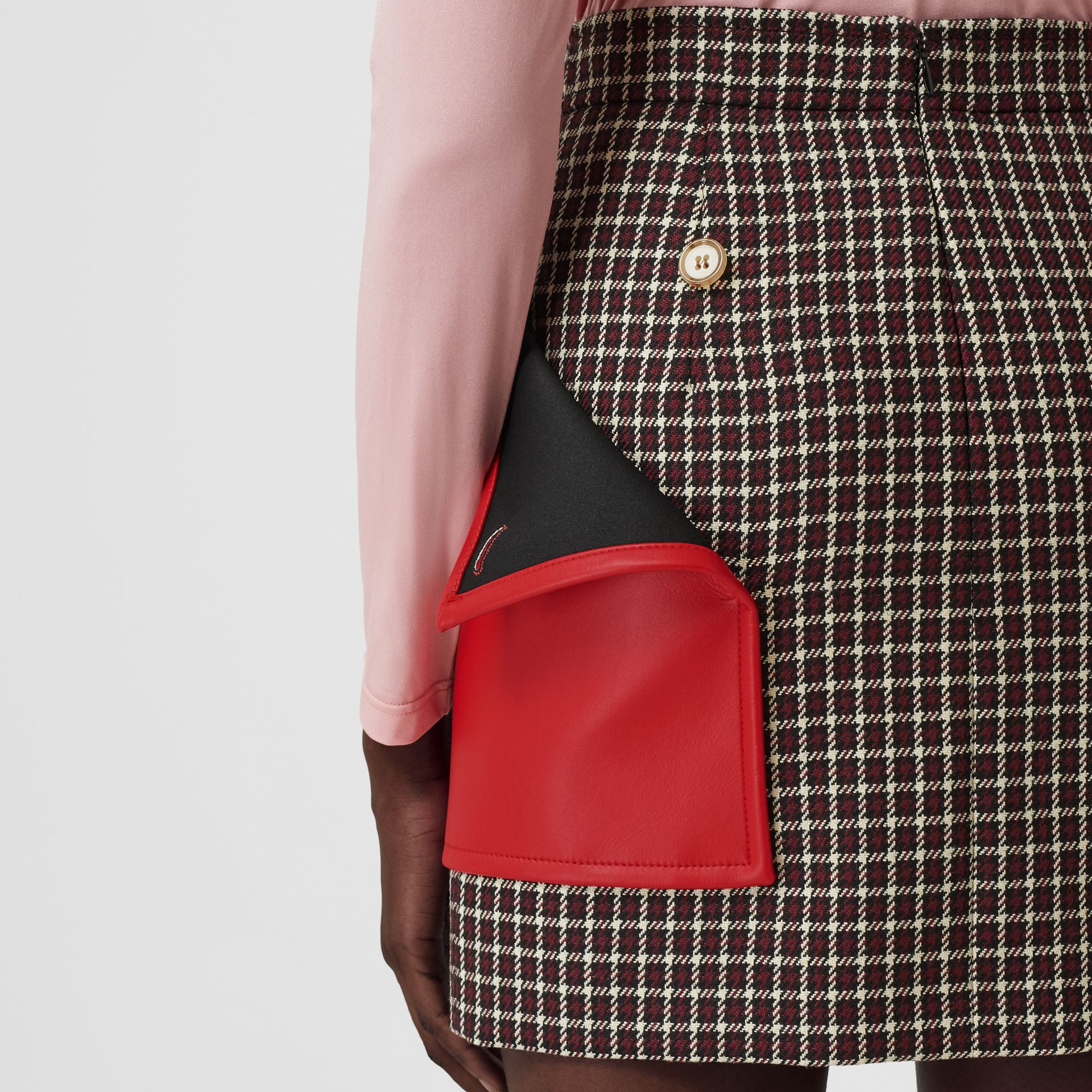 Pocket Detail Tartan Wool Mini Skirt in Bordeaux - Women | Burberry - gallery image 4