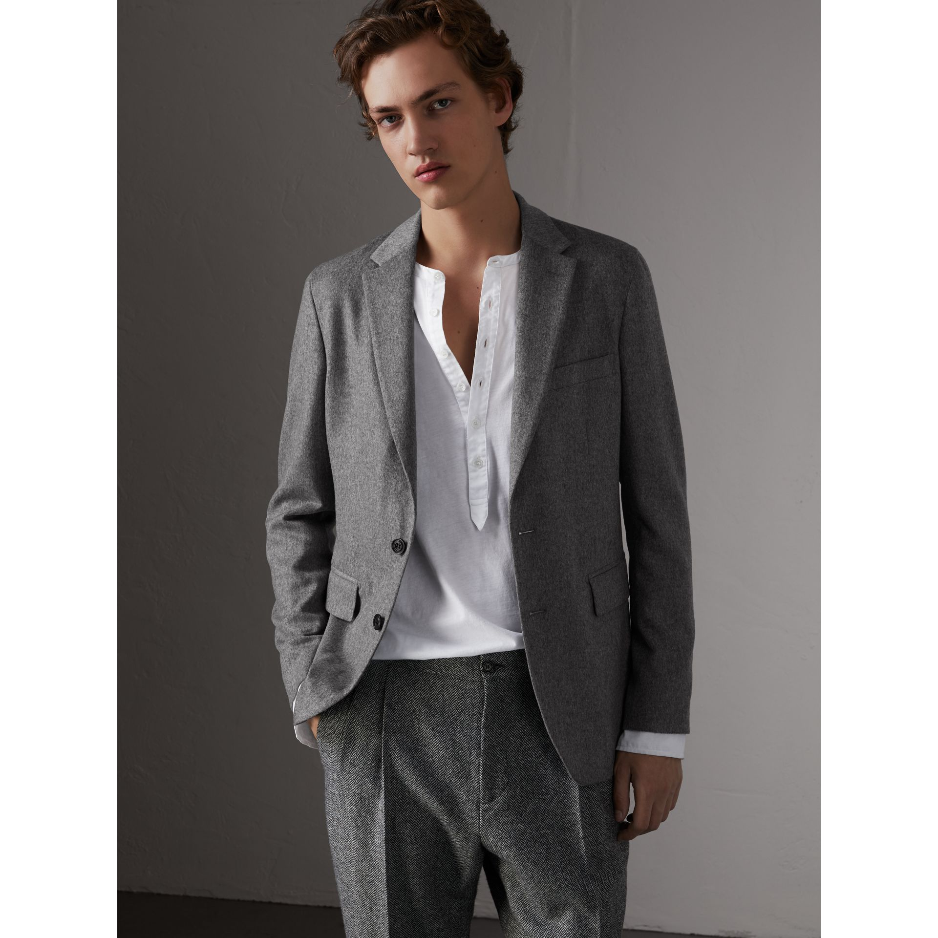 Soho Fit Cashmere Tailored Jacket in Mid Grey Melange - Men | Burberry Australia - gallery image 0