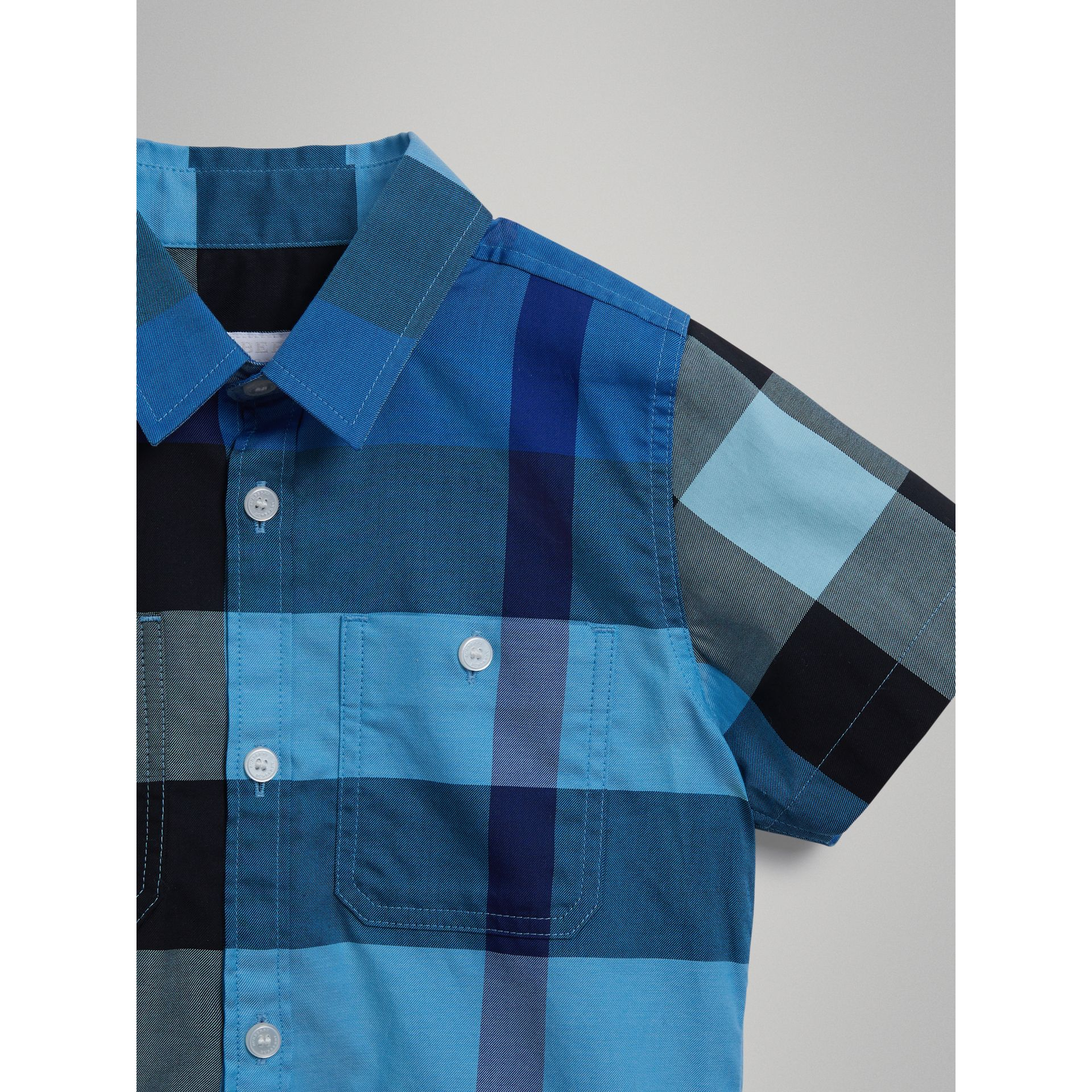 Short-sleeve Check Cotton Shirt in Light Azure | Burberry - gallery image 4
