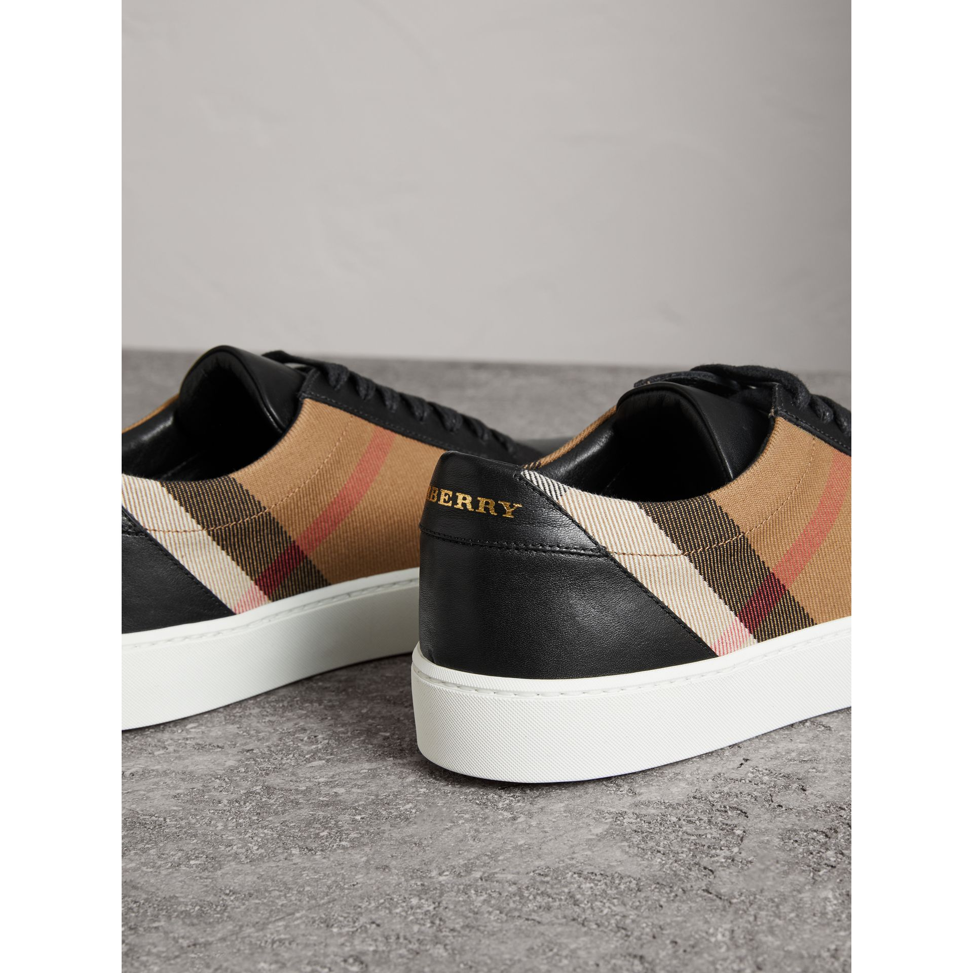 Check Detail Leather Sneakers in House Check/black - Women | Burberry Singapore - gallery image 2