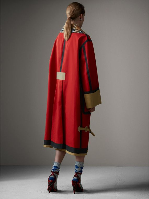 Bonded Cotton Oversized Seam-sealed Car Coat in Red/beige - Women | Burberry Singapore - cell image 2