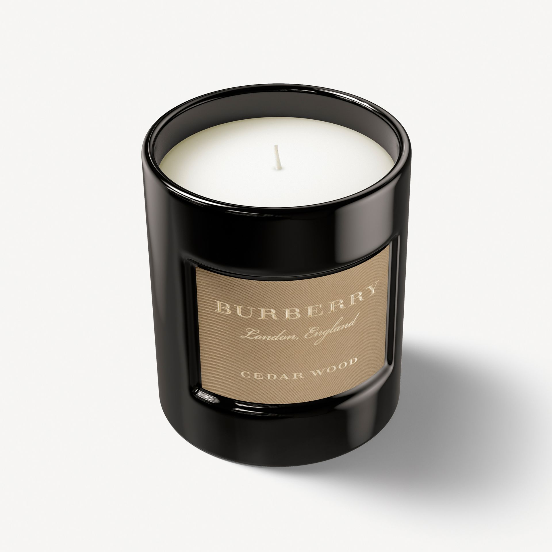 Bougie parfumée Cedar Wood – 240g - photo de la galerie 1