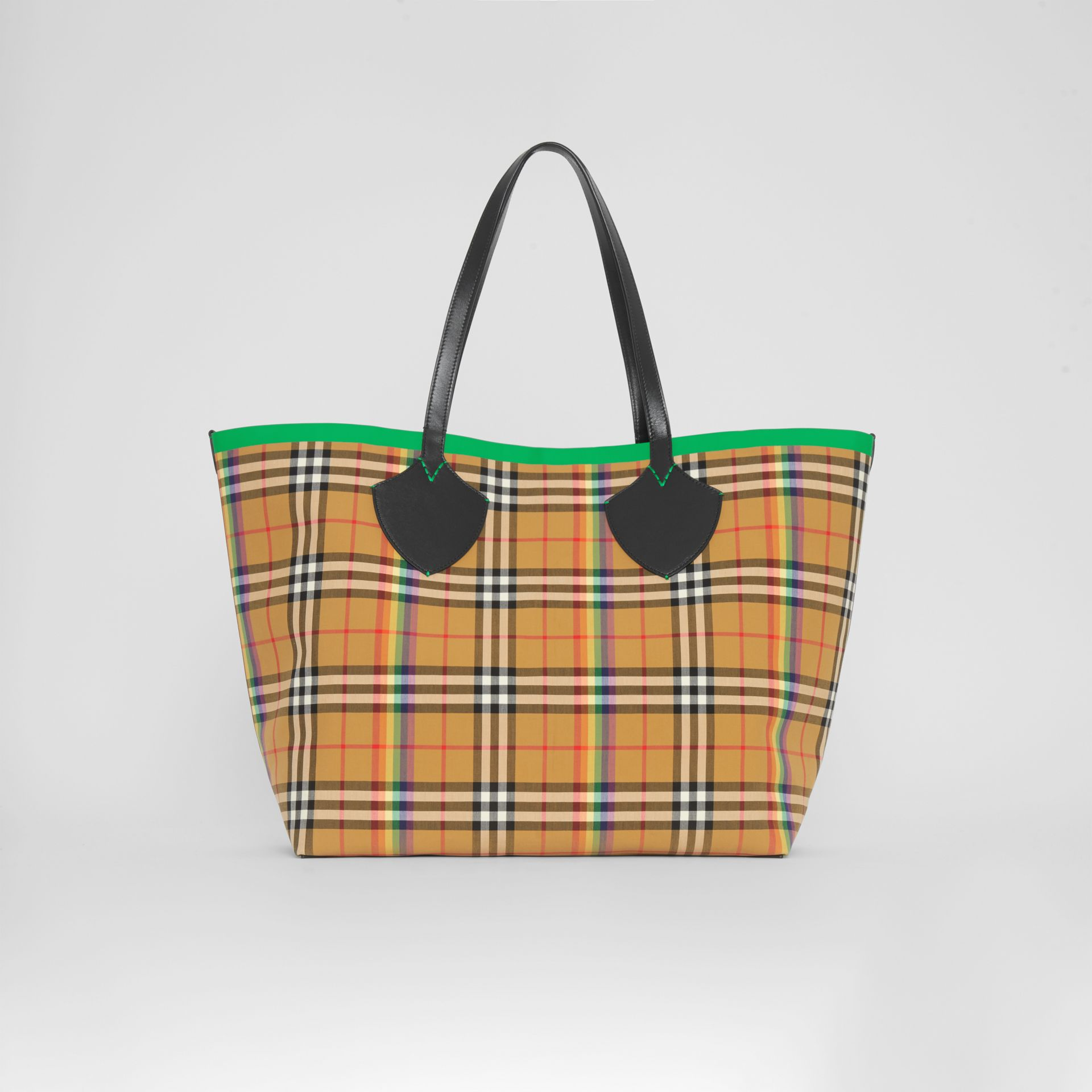 The Giant Tote in Rainbow Vintage Check in Antique Yellow | Burberry - gallery image 7