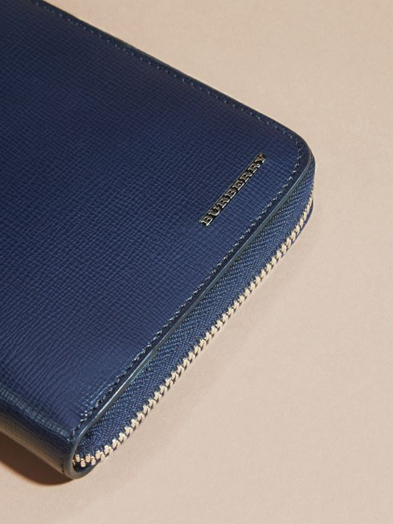 London Leather Ziparound Wallet in Dark Navy - cell image 3
