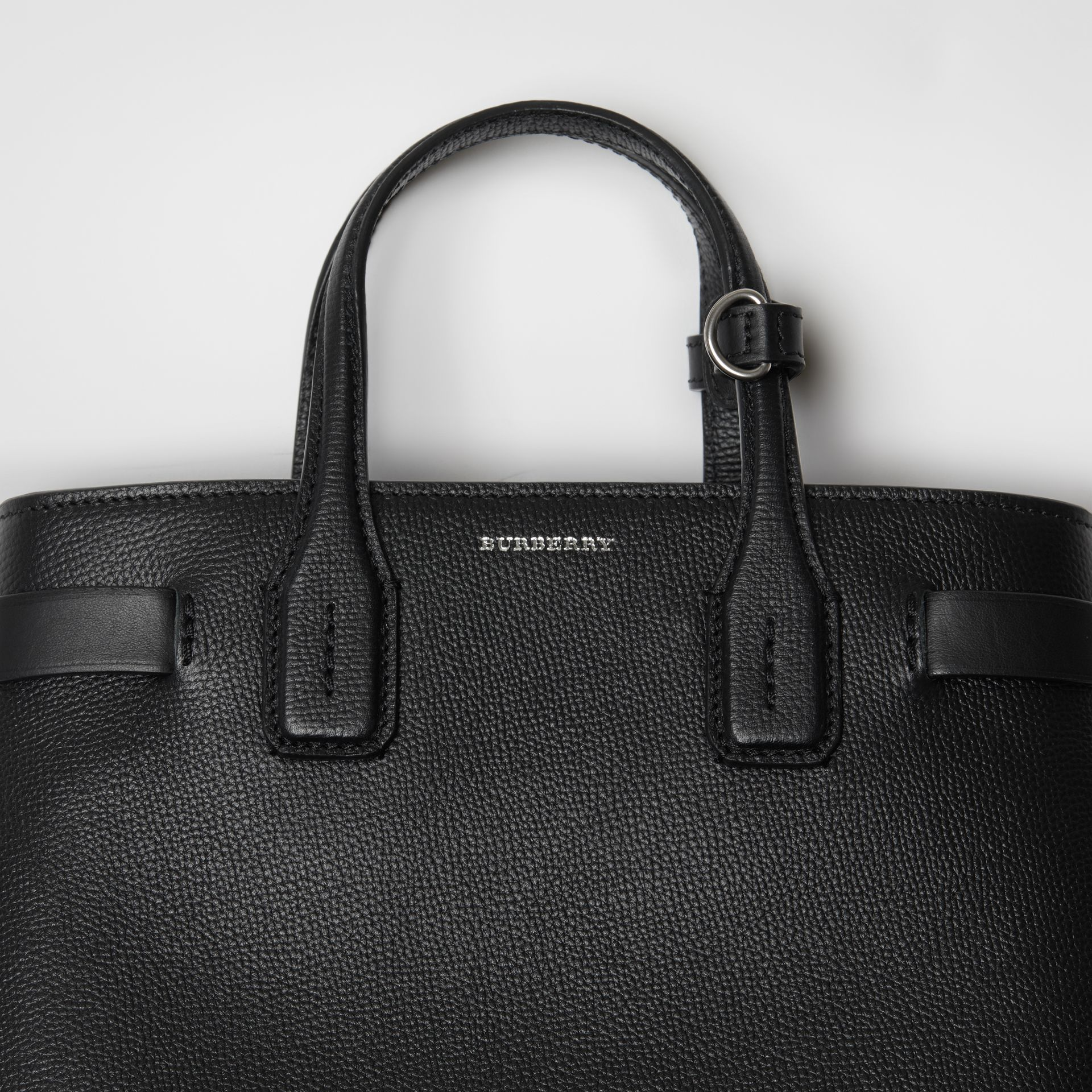 The Small Banner in Grainy Leather in Black - Women | Burberry United Kingdom - gallery image 1