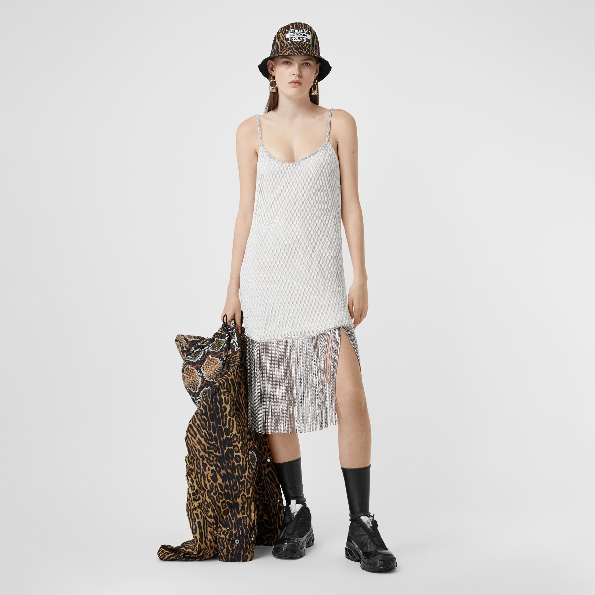 Vestido en malla de algodón con flecos de cristales (Blanco) - Mujer | Burberry - imagen de la galería 0