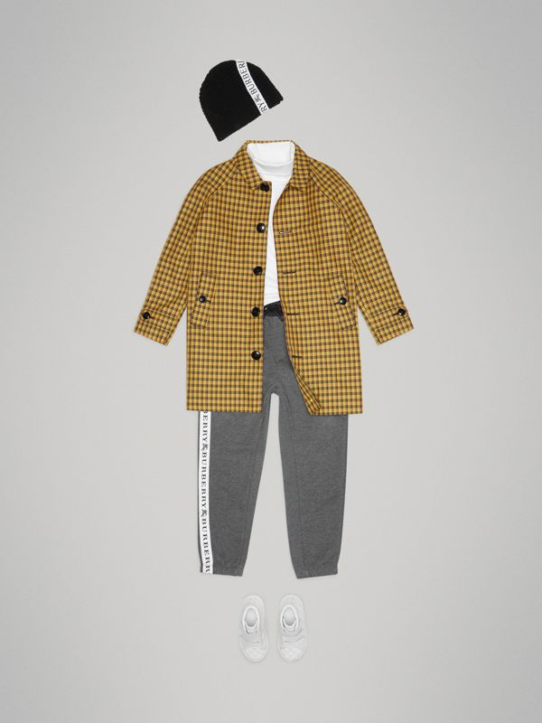 Shrunken Check Cotton Blend Car Coat in Bright Saffron Yellow | Burberry - cell image 2