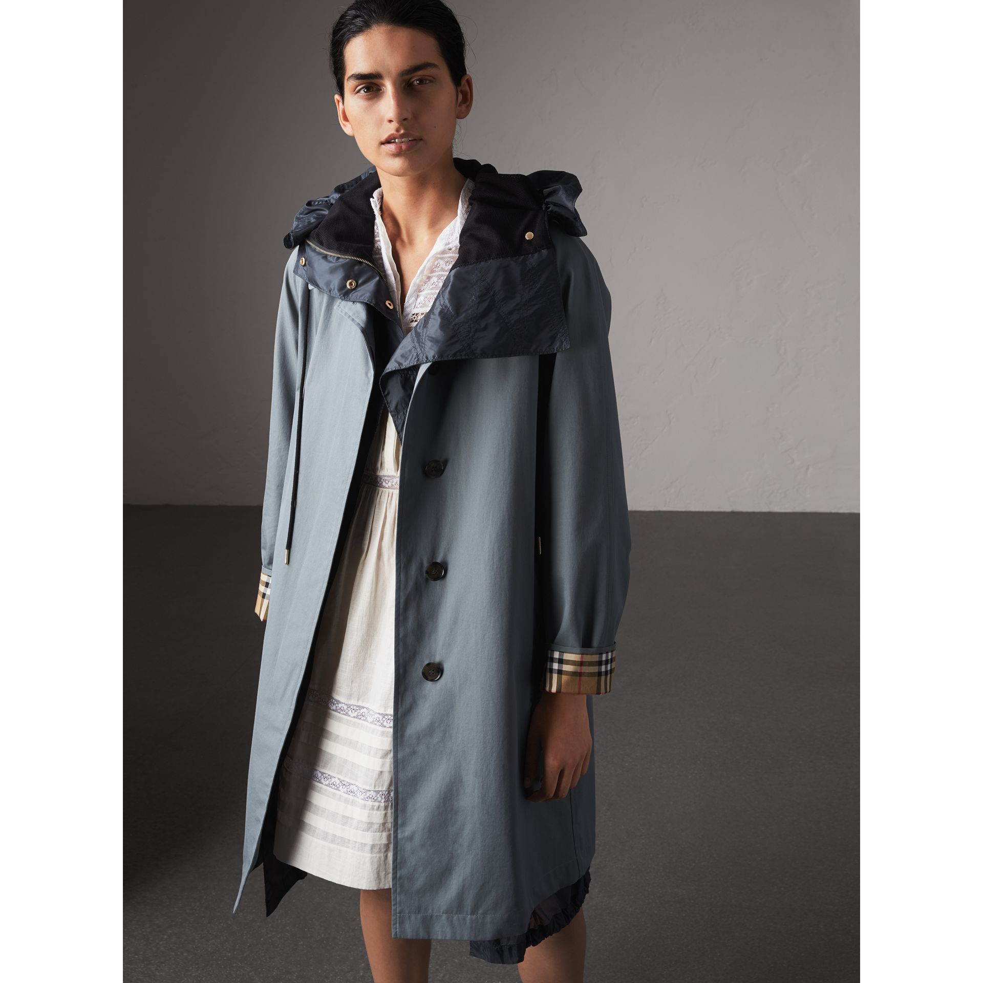 The Camden – Car Coat long (Bleu Cendré) - Femme | Burberry - photo de la galerie 1