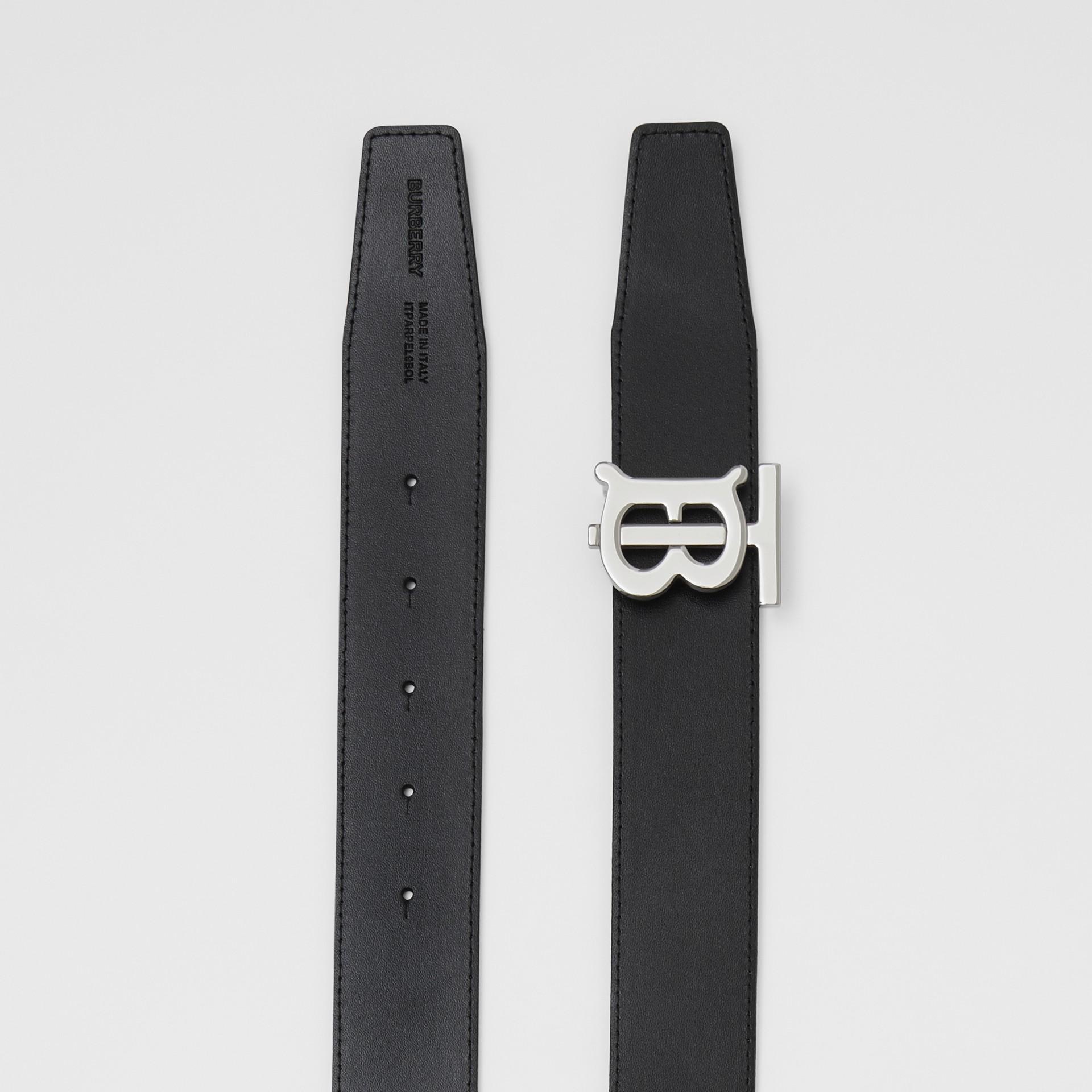 Cinto de couro dupla face com monograma (Couro/preto) - Homens | Burberry - galeria de imagens 8