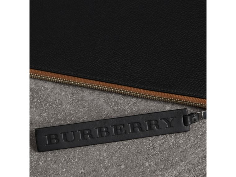 Grainy Leather Zip Pouch in Black | Burberry - cell image 1