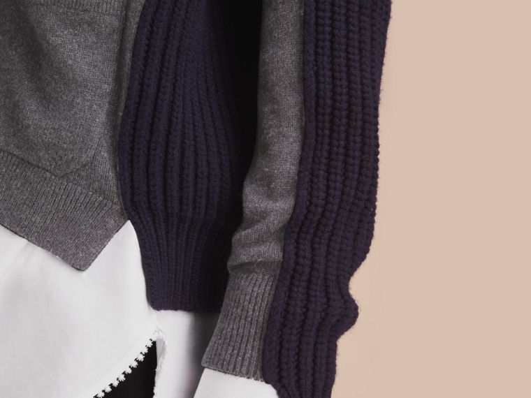 Two-tone Cashmere Cardigan with Ribbed Detail - cell image 4