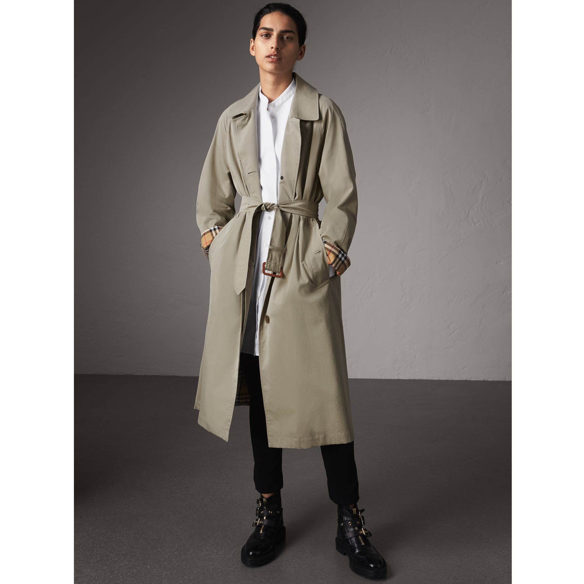 The Brighton – Extra-long Car Coat in Sandstone - Women | Burberry Singapore - gallery image 1