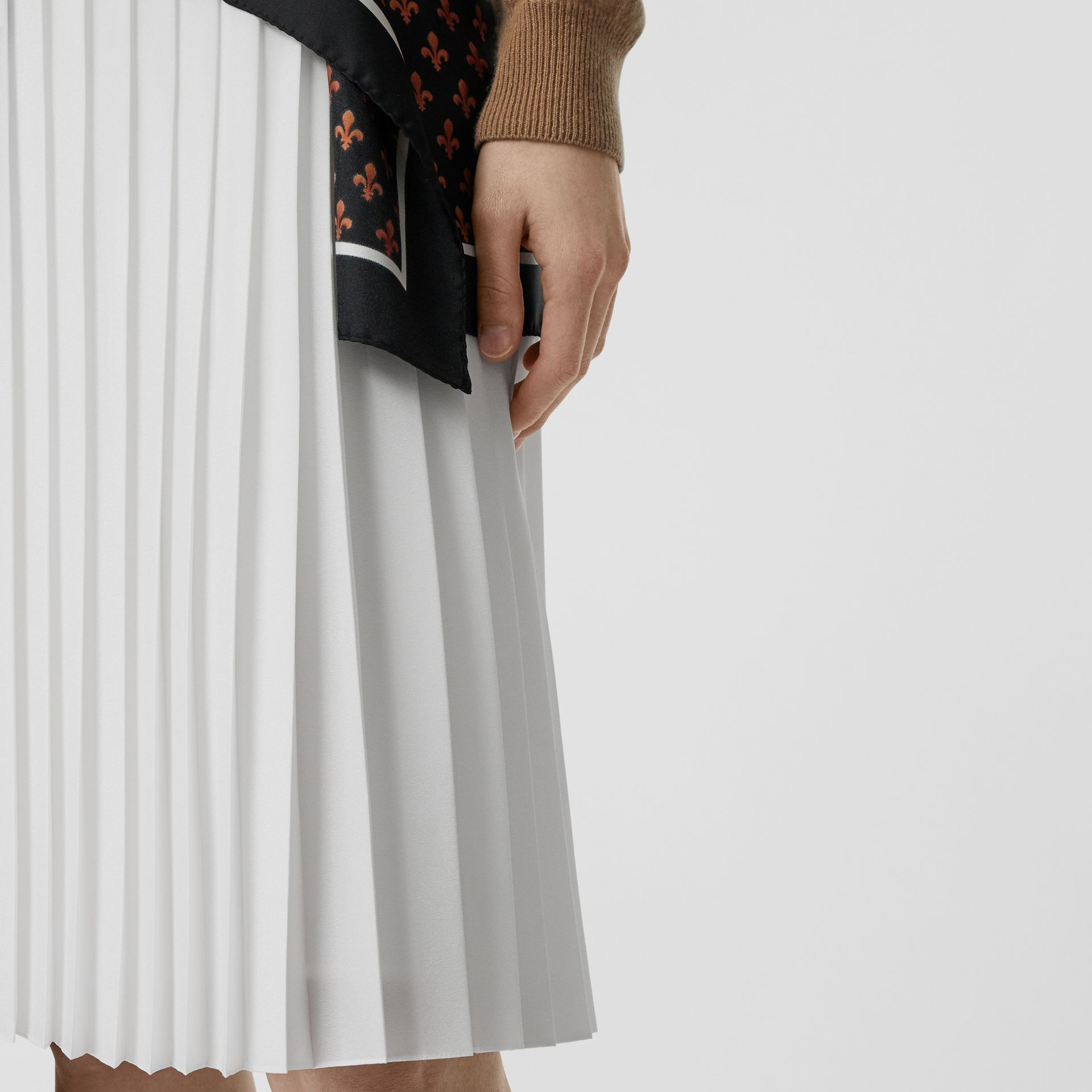 Silk-lined Pleated Skirt in Optic White - Women | Burberry Australia - gallery image 1