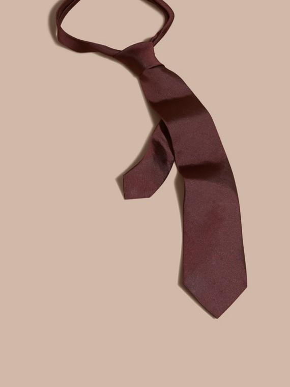 Cravatta dal taglio moderno in twill di seta Rosso Violetto Intenso