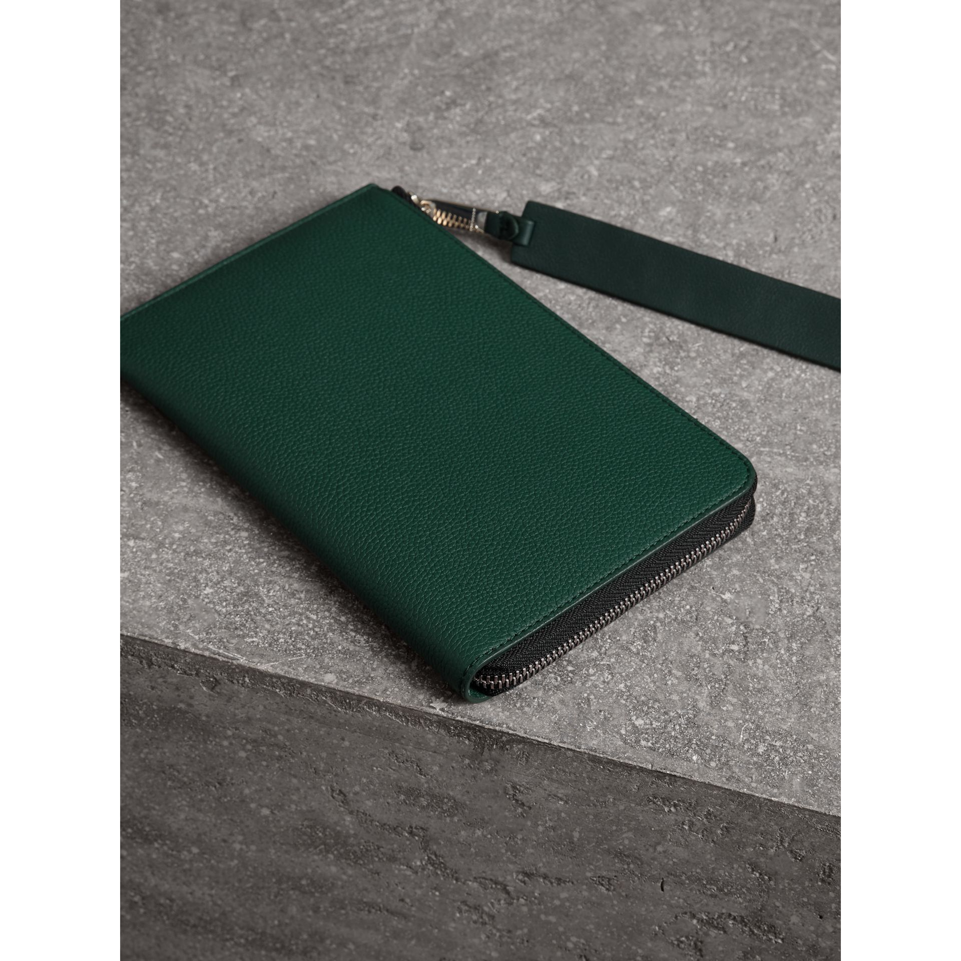 Two-tone Grainy Leather Travel Wallet in Dark Cyan - Men | Burberry United Kingdom - gallery image 2