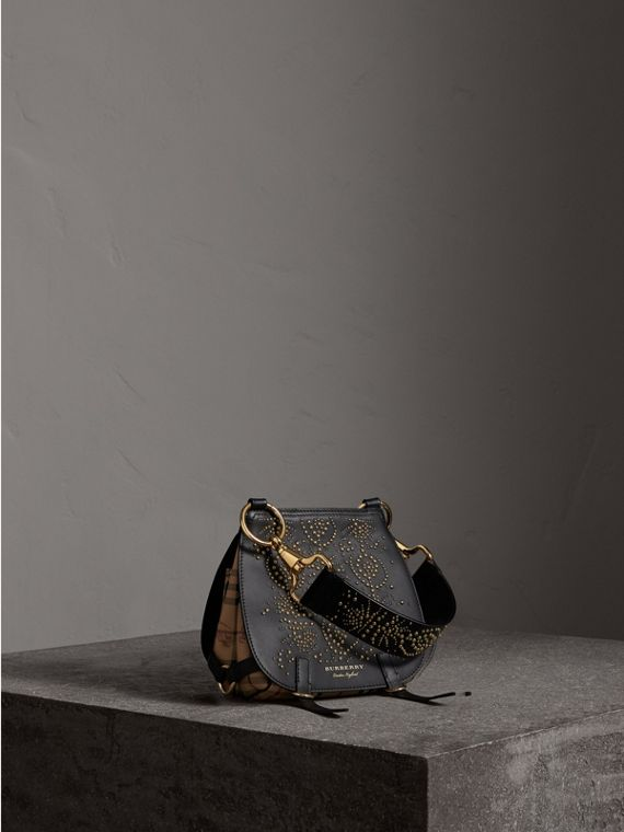 Borsa The Bridle in pelle con motivo Fruit and Flowers rivettato (Nero) - Donna | Burberry