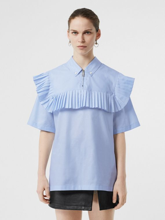 Short-sleeve Pleat Detail Cotton Shirt in Baby Blue
