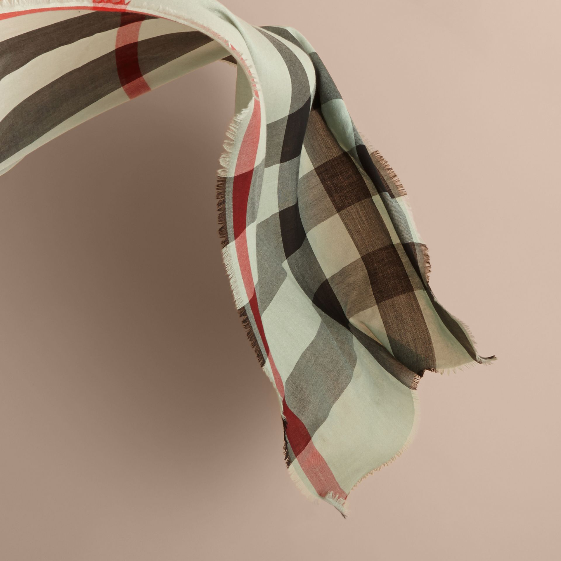 The Lightweight Cashmere Scarf in Ombré Check in Apple Green | Burberry - gallery image 4
