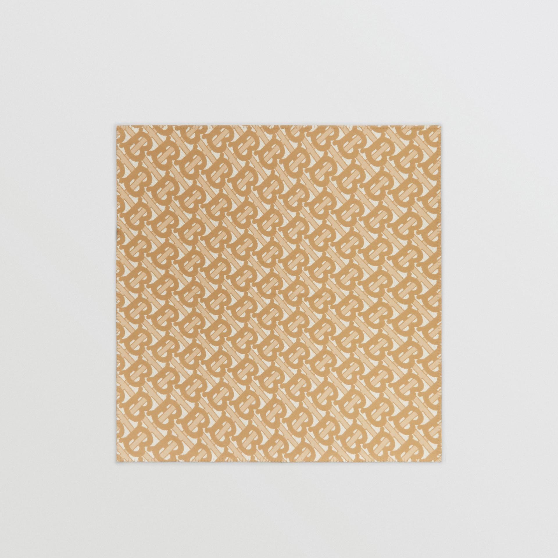花押字圖案美麗諾羊毛喀什米爾毛毯 (淺沙色) | Burberry - 圖庫照片 2