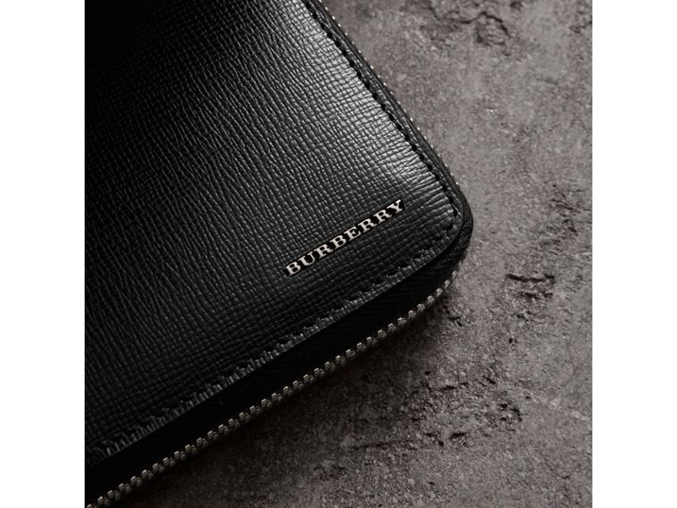 London Leather Ziparound Wallet in Black | Burberry United Kingdom - cell image 1