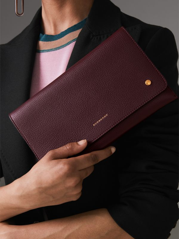 Two-tone Leather Wristlet Clutch in Deep Claret - Women | Burberry Hong Kong - cell image 3
